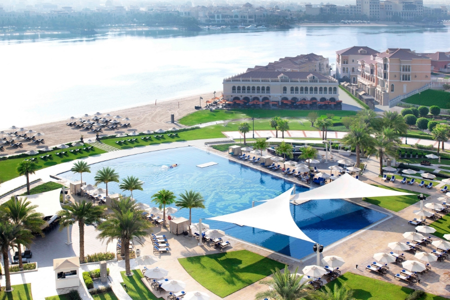 Ritz Abu Dhabi swimming pool