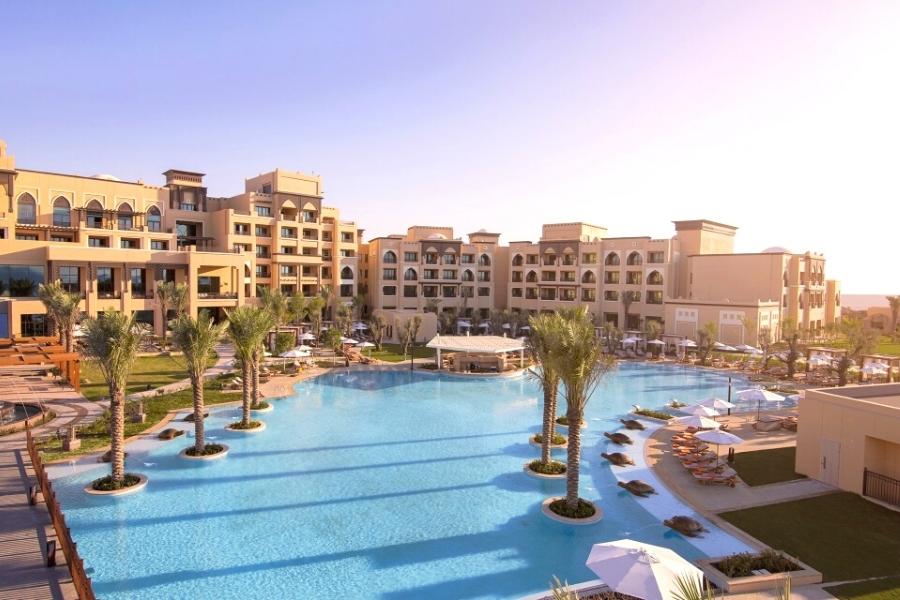 Saadiyat Island Hotels - Rotana Saadiyat